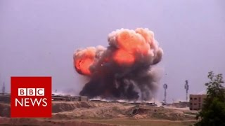 Battle for Mosul: The dilemma facing forces up against IS - BBC News