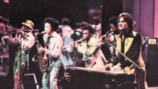 Kc And The Sunshine Band - I Get Lifted