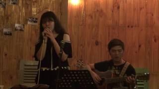 """Lúc mới yêu - Hồng Ngân [Đêm nhạc """"Mùa yêu đầu"""" - Xương Rồng Coffee & Acoustic]"""