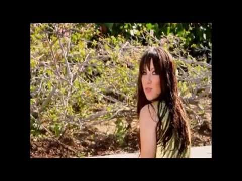 Carly Rae Jepsen - Tiny Little Bows (Music Video)