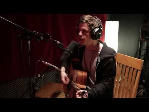 vVoosh films the video for THE YOUNG FOLK's new single mp3