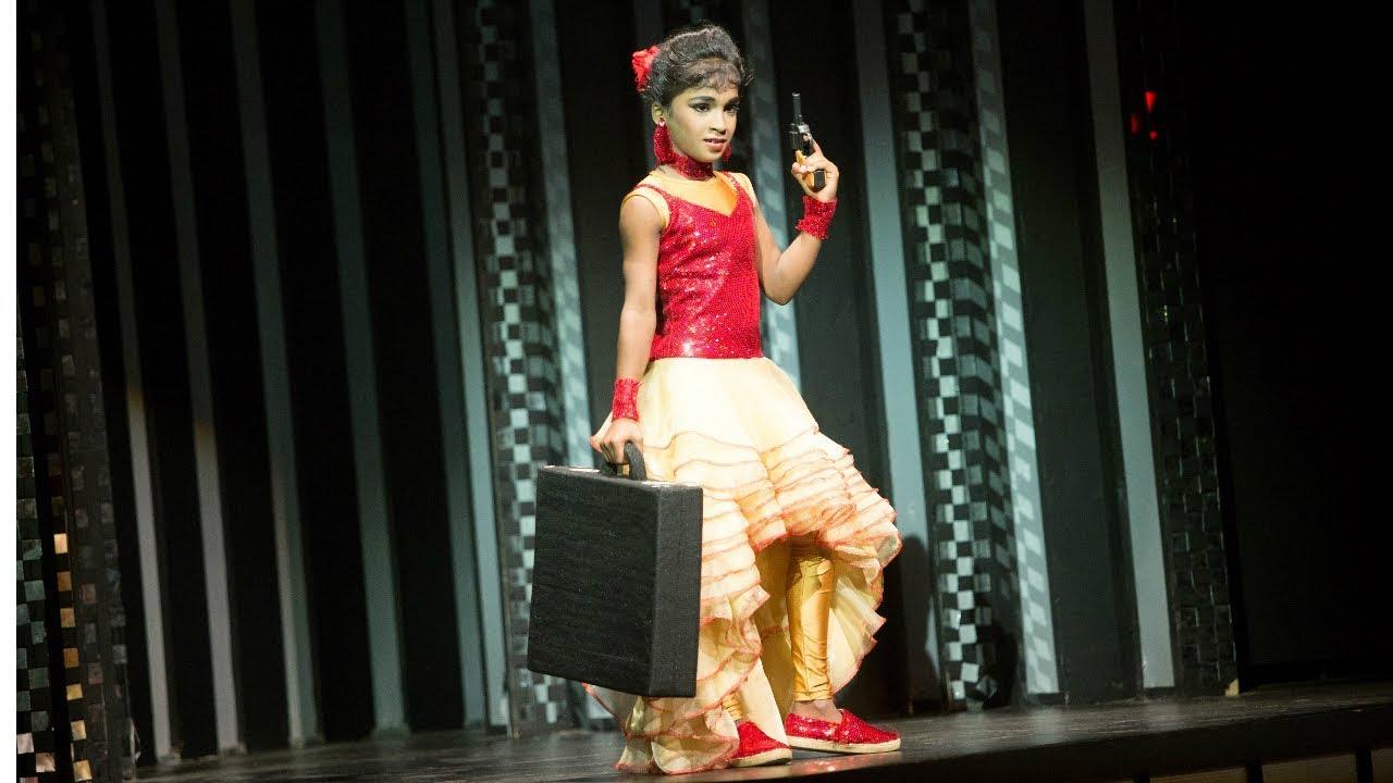 D4 Junior Vs Senior I Saniya's sizzling performance I Mazhavil Manorama
