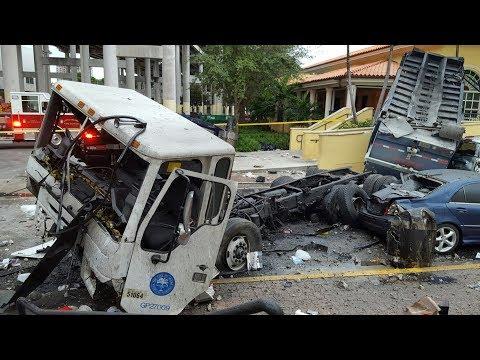 Russian Truck Crash Compilation 2018 #001