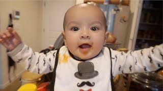 MAX TRIES BABY FOOD FOR THE FIRST TIME