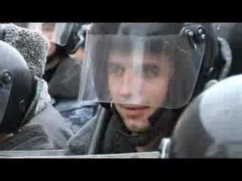 Protesters Clash with Police in Moscow. RIA Novosti Video