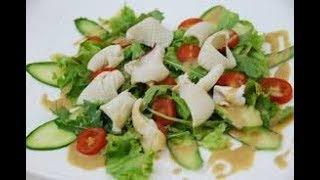 Салат из кальмаров, рукколы и овощей. Блюда к праздникам.