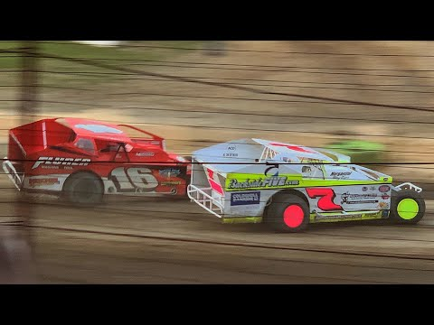 358 modified at Grandview Speedway May 26, 2019