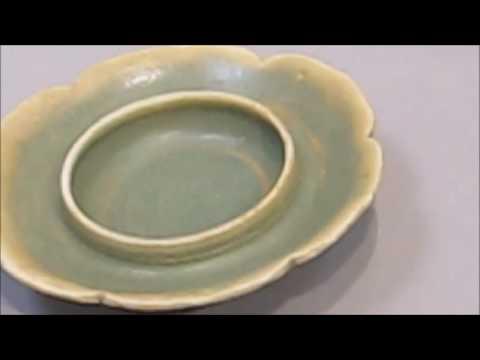 Belitung Changsha wares with Jun-effect Glaze