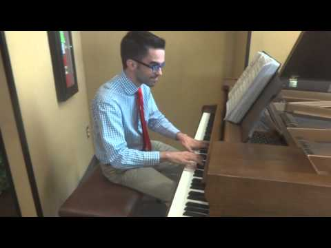 John plays Gershwin medley at the U Skyroom Restaurant!!