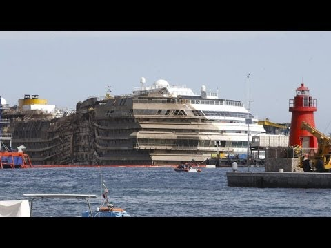 Costa Concordia salvage to use huge semi-submersible vessel