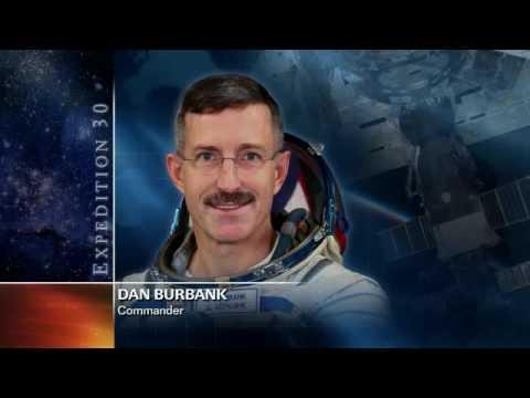 Dan Burbank Speaks With Students Using Amateur Radio
