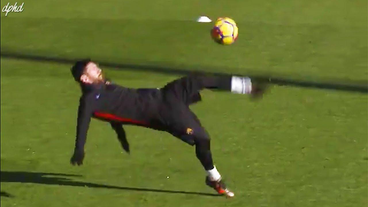 Lionel messi insane training session crazy bicycle kick more youtube - Messi bicycle kick assist ...