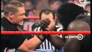John Cena vs Mark Henry Bras de fer (french)