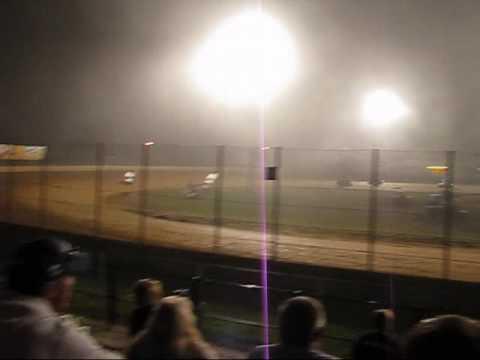 360 Sprint Car Feature Lake Ozark Speedway 9-6-09 (Part 1)