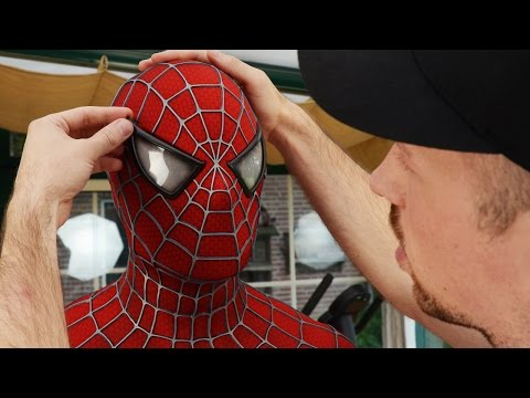 How-To Insert Magnetic Eyes - Spider-Man Suit