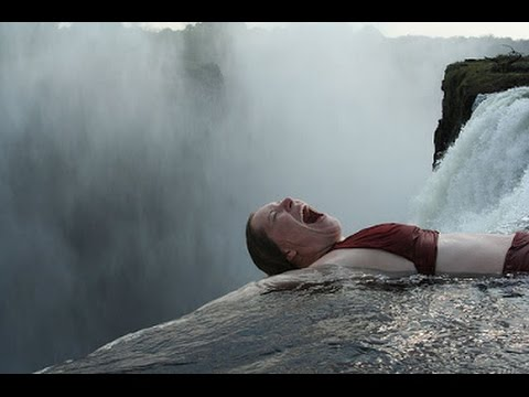 On the edge of death - literally Niagara Falls [HD]