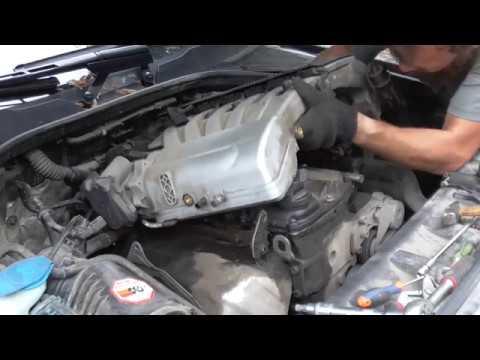 Фото к видео: Замена мембраны клапанной крышки 3.6FSI Q7/Touareg