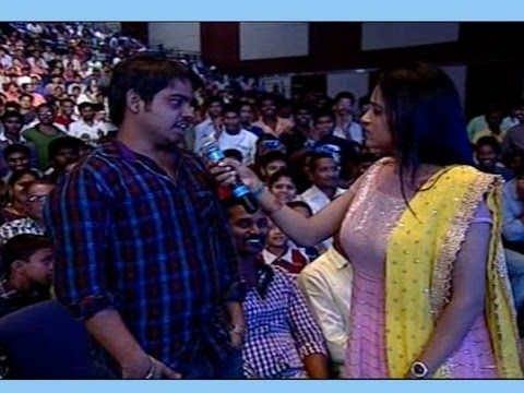Fans Speech about Allu Arjun at Son of Satyamurthy Audio Launch