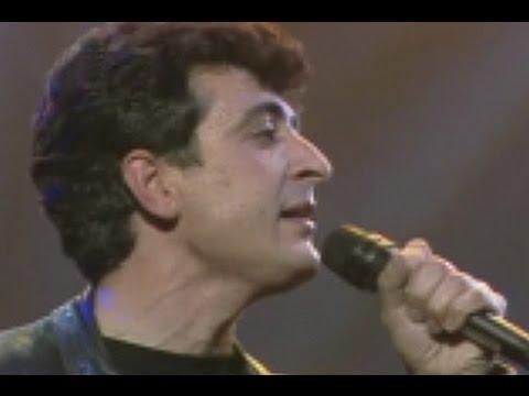 EL ULTIMO DE LA FILA - Canta por mi (Directo TV) mp3