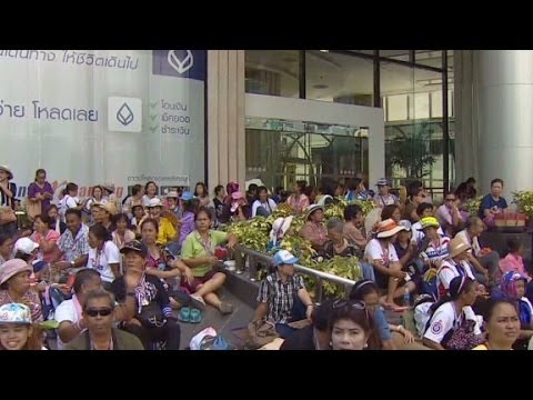 Thai protesters say TV coverage biased