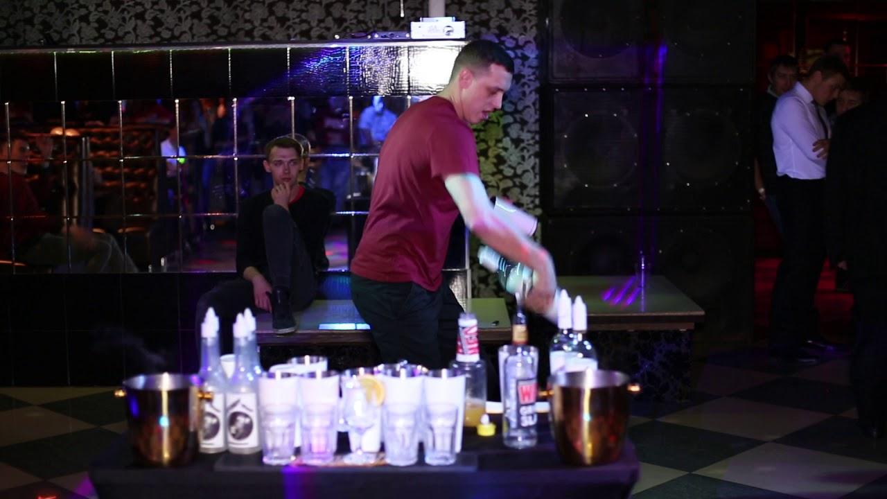 Ведущие ночных клубах видео как работает администратор в ночном клубе