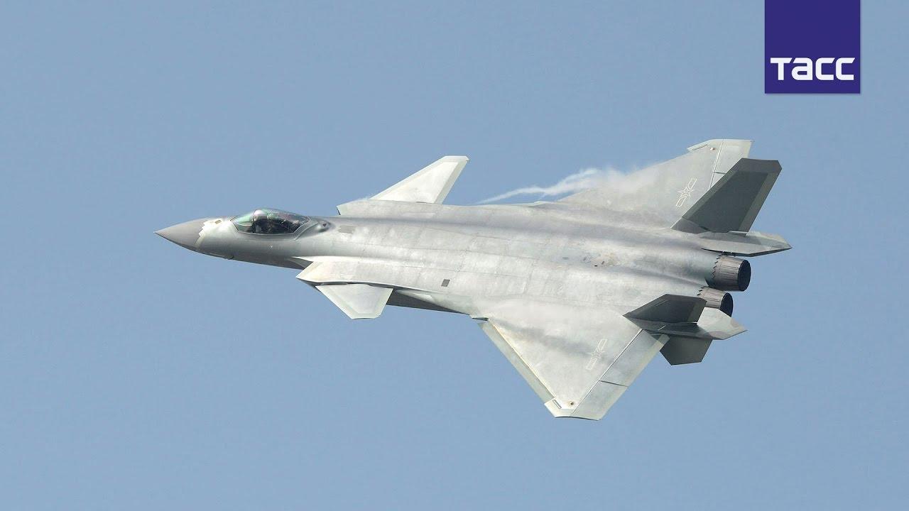 Видео китайского истребителя пятого поколения J-20