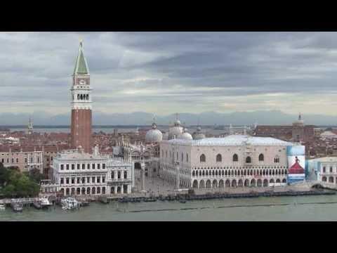 L'ingresso nel porto di Venezia con Costa Favolosa
