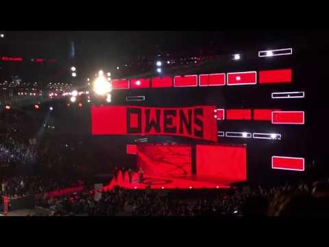 WWE RAW 2/20/17 Kevin Owens vs Sami Zayn live entrances
