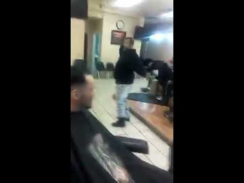 New school vs Old school fight at my job. 😂😂😂 KUT EM UP UNISEX SALON Detroit, Mich