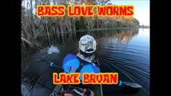 Back AT LAKE BRYAN for them LARGIES! Bass Fishing!!!