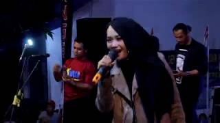 O.m Dwipangga Live Sikayu Comal Gerimis Melanda Hati - Anik DA2 - Ansila Community.mp3