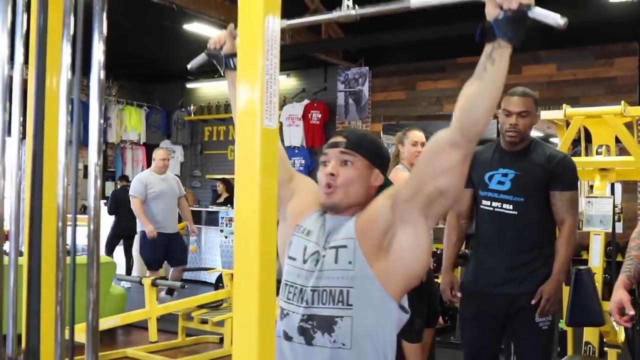 Những bài tập Lưng Xô hiệu quả – Động lực tập gym