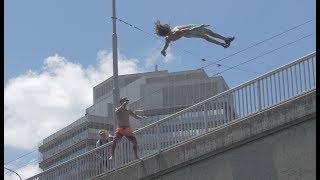 URBAN CLIFF JUMPING IN ZURICH, SWITZERLAND | 4K