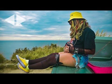 Смотреть клип Nabrisa - Luz Própria