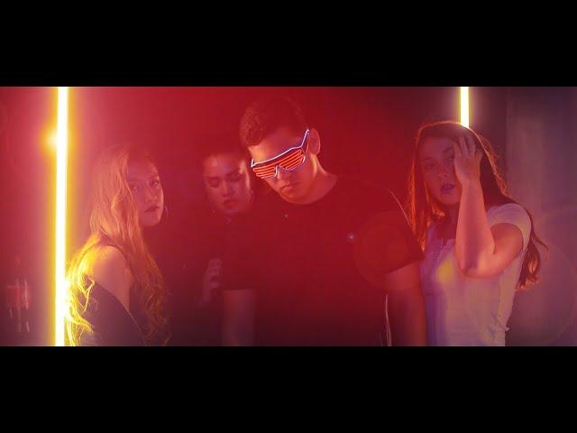 Buqué - Party (Video Oficial)