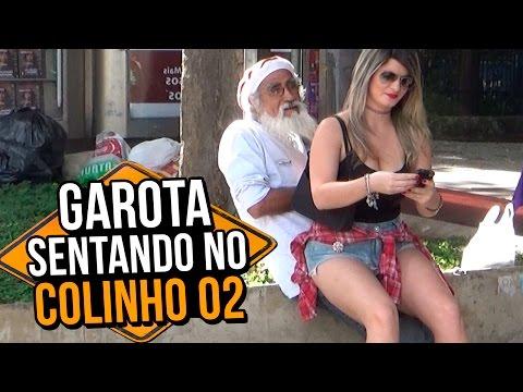 garota-sentando-no-colinho-02-(girl-sitting-on-the-lap-|-prank)