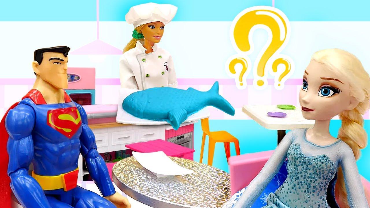 Kafe oyunu. Karlar Ülkesi Elsa ile Anna Barbie'nin kafesine geliyorlar!