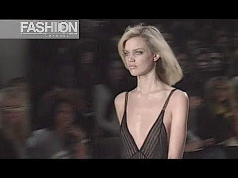 CALVIN KLEIN Fall 2004 2005 New York - Fashion Channel