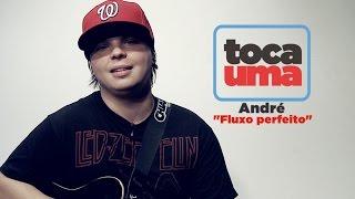 """#TocaUma com André do Strike ensinando a tocar o hit """"Fluxo perfeito"""""""