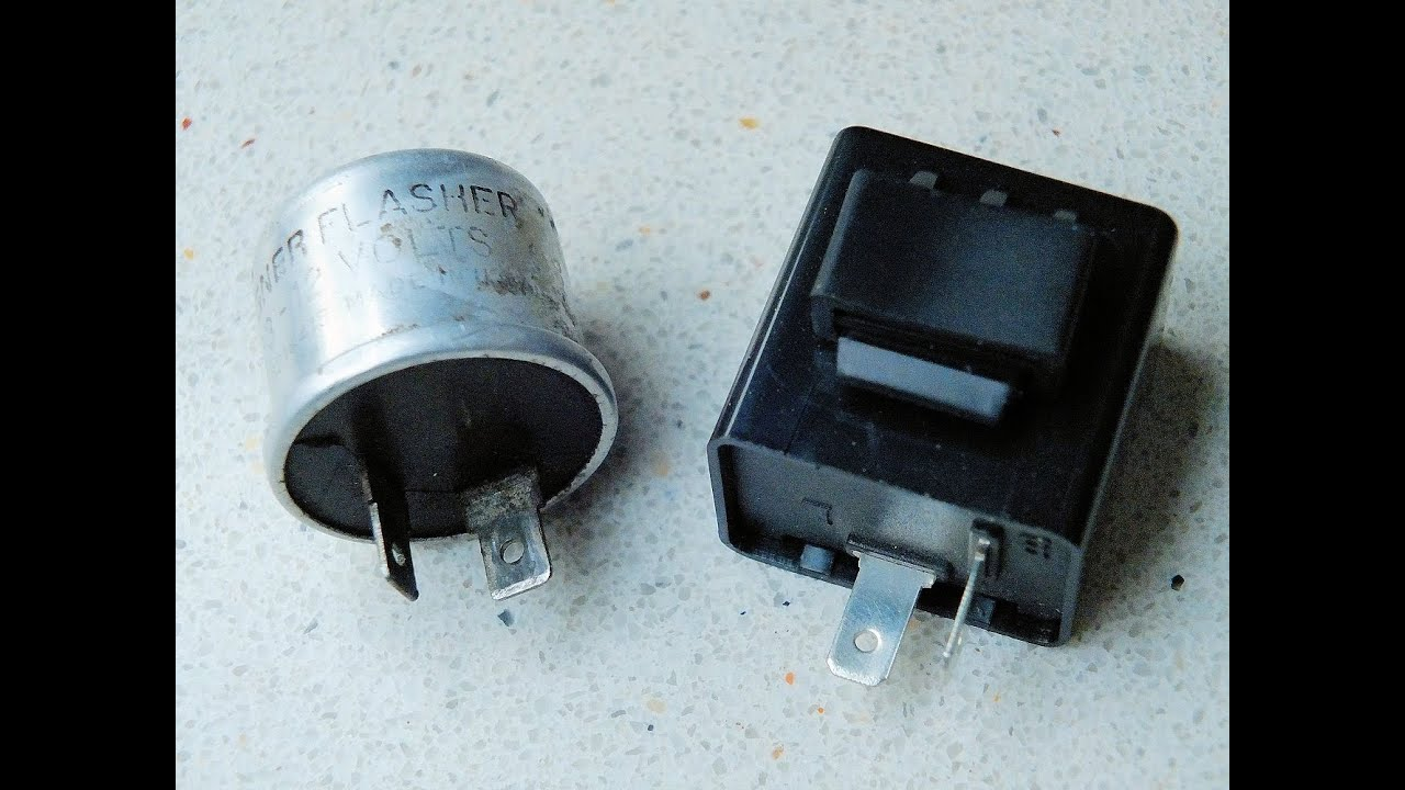 1982 Kawasaki 750 Ltd Rebuild (Part 23 New Turnsignal Flasher Unit ...
