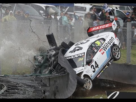 V8 Supercars 2016 All Crashes Compilation