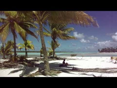 Tuamotu, randonnée dans les atolls d'Anaa et Kaukura (Polynésie française, été 2010)