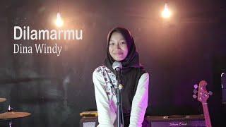 Download lagu Dina Windy - Badai romantic Project - Dilamarmu Cover