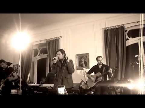 "Benjamin Biolay extrait ""La Superbe"" Concert privé W9 - Nov 2012.MP4"