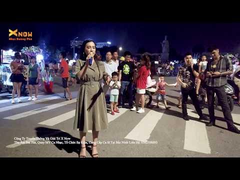 Cô Em Xinh Gái Hát Bolero Làm Náo Loạn Cả Phố Đi Bộ - Hai Kỷ Niệm Một Chuyến Đi - Thanh Hiền