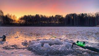 Весенний улов Рыбалка на загадочном озере Много щуки плотвы и окуня