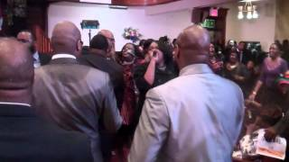 RootMagazineOnline.com- Hezekiah Walker & LFC- Grateful Reprise.MP4