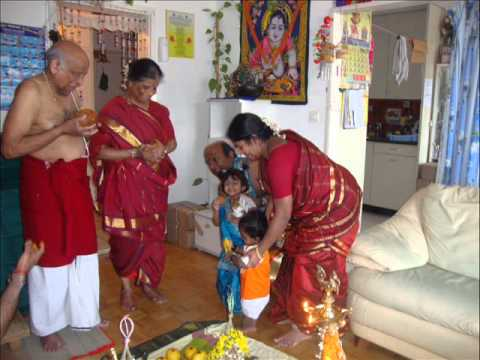 Antha vaanukku Rendu Deepangal (appa amma)