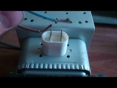 Как проверить магнетрон СВЧ (микроволновой) печи, лампочкой.