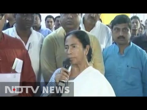 Mamata Banerjee calls floods in UP, Bihar 'man-made', silent on Farakka Barrage